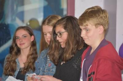 Jumelages Actus 11 : Visite de jeunes de Wirksworth à Die