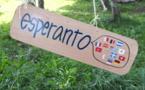 050 Des Voix Sur Un Plateau : Esperanto