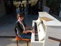 Le Cabas du Rez de Chaussée : Laurence Gullon et son piano itinérant