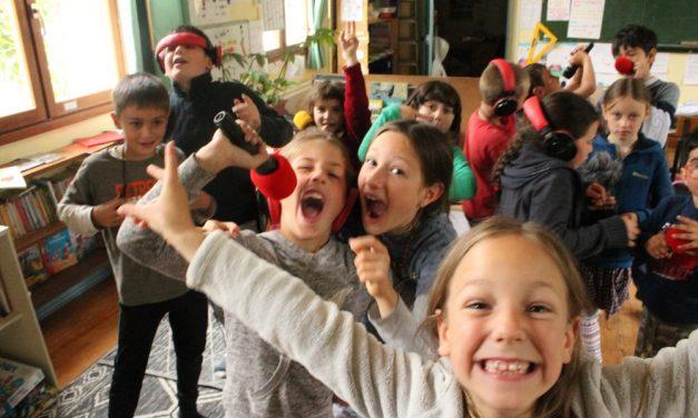 Le Parc Naturel Régional du Vercors, Quésaco? Par l'école de St Croix. Episode 4/ Au dessous des vautours de Michel, l'écogarde.