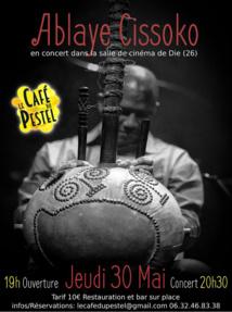 Ablaye Cissoko en concert au Café du Pestel