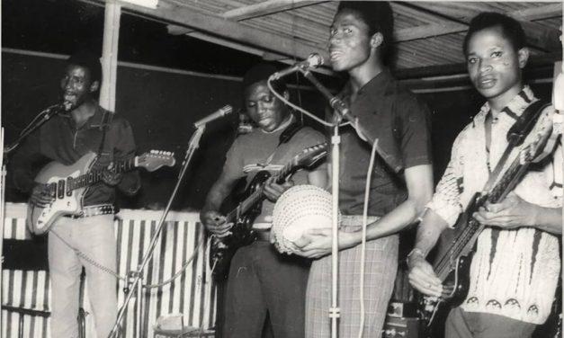 A LA RECHERCHE DU GROOVE PERDU (284) Tour du monde funk-soul 70's en 45 tours 1 Afrique de l'ouest