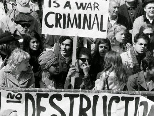 A LA RECHERCHE DU GROOVE PERDU (205) Protest songs 5/8 La guerre du Vietnam
