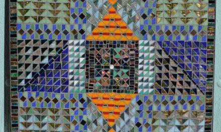 Macha expose ses mosaïques