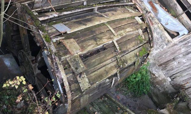 La roue du moulin de l'Aube en chantier