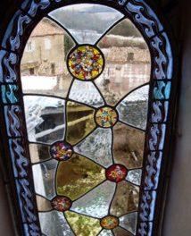 Exposition à Ponet St Auban de Santi, vitrailliste dans le Diois