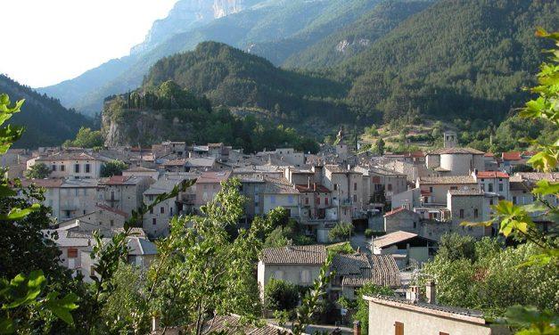 Deux Points Ouvrez Les Guillemets à Châtillon-en-Diois