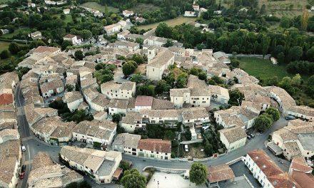 Deux Points Ouvrez Les Guillemets à La-Motte-Chalancon