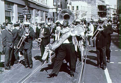 A LA RECHERCHE DU GROOVE PERDU (339) Le son de la nouvelle-Orléans 2 : brass band